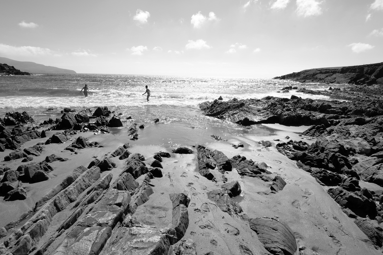 Kinder im Wasser bei Ebe
